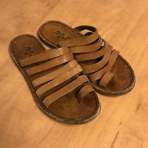 Matisse Rosie strapped sandal real leather sz 7